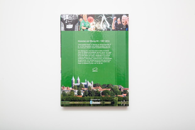 Bagside-af-Viborg-HK--Jubilaeumsbogen-designet-af-palle-christensen