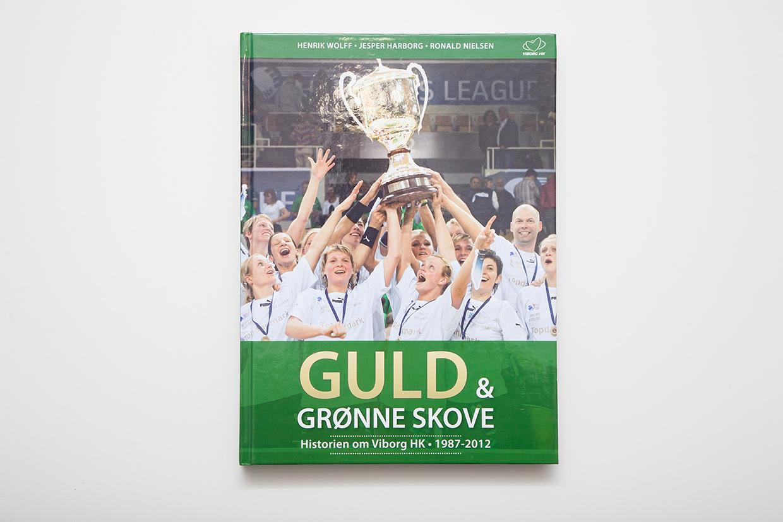 Viborg Håndbold Klub Jubilæums bog designet og opsat af Palle Christensen