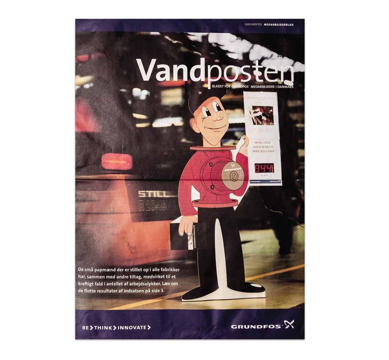 """Vandposten et internt magasin på Grundfos, der viser effekten af Grundfos mascot """"Grundfospumpemanden"""""""